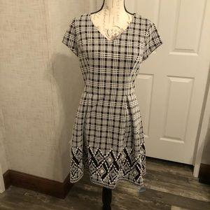 41 Hawthorne black & white plaid midi dress L